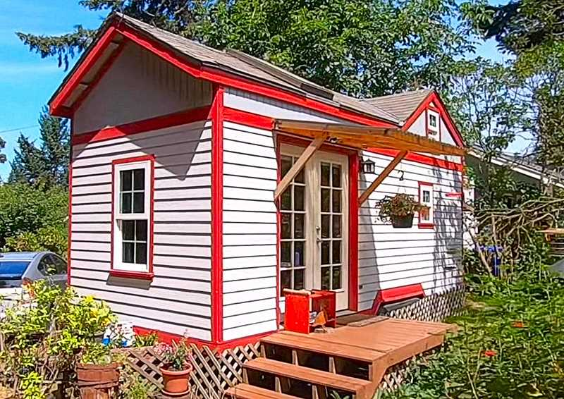 Tiny house, looking for S.E. home.