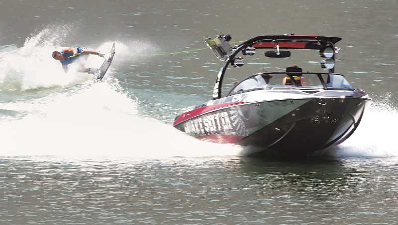 Pending legislation could push area boaters off the Willamette
