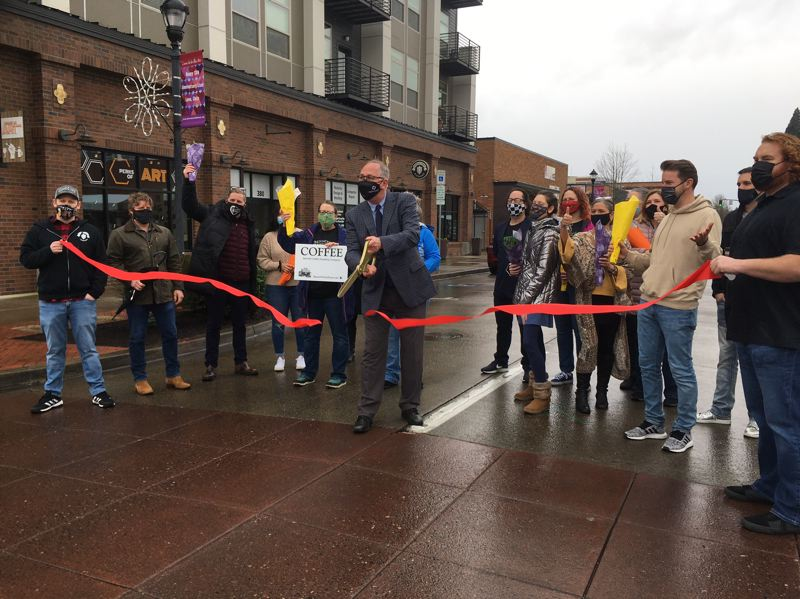 Hillsboro holds 'grand reopening' of downtown