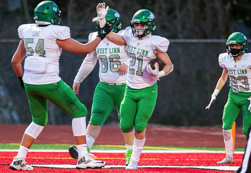 West Linn wins 100th 'Battle for the Bridge' over Oregon City 40-13
