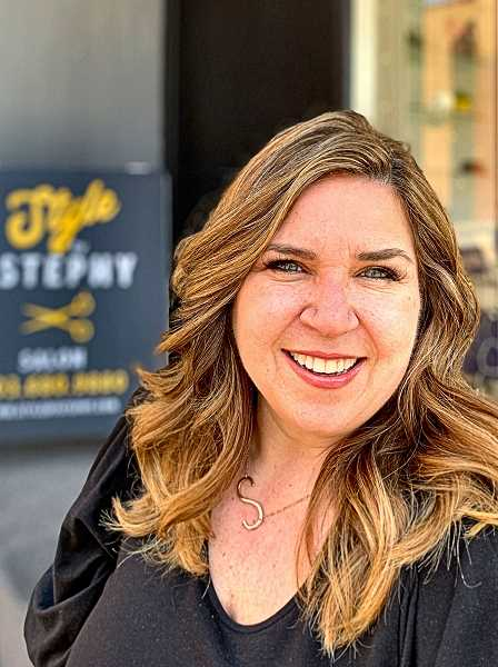 With a movie and TV background in helping the stars look good, Stephy Fajardo has opened her own salon in Westmoreland.