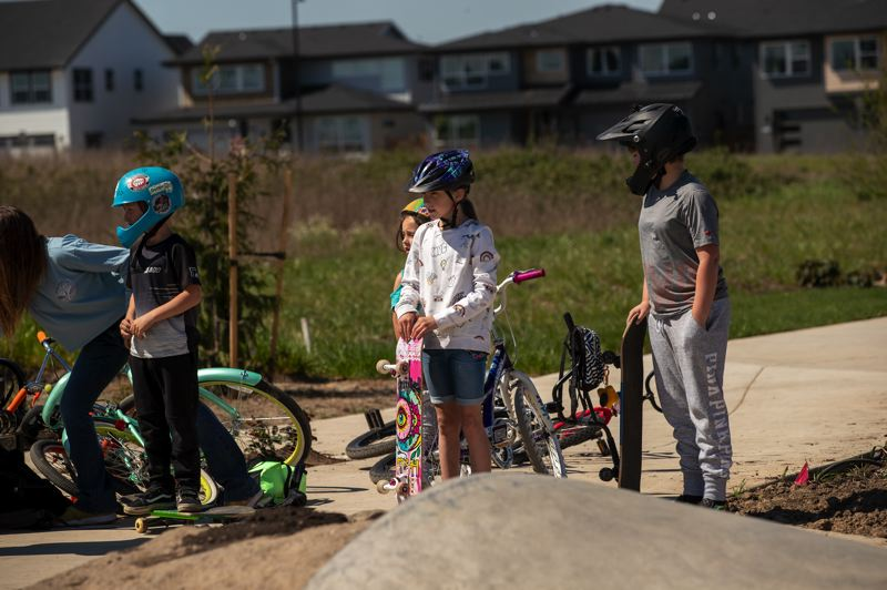 PAMPLIN MEDIA GROUP: JAIME VALDEZ - All the Cadens, Skylers and Neveahs....Homeschooled kids drop by to drop in at Reed's Crossing's new skate pod. Other amenities will follow as the development fleshes out.