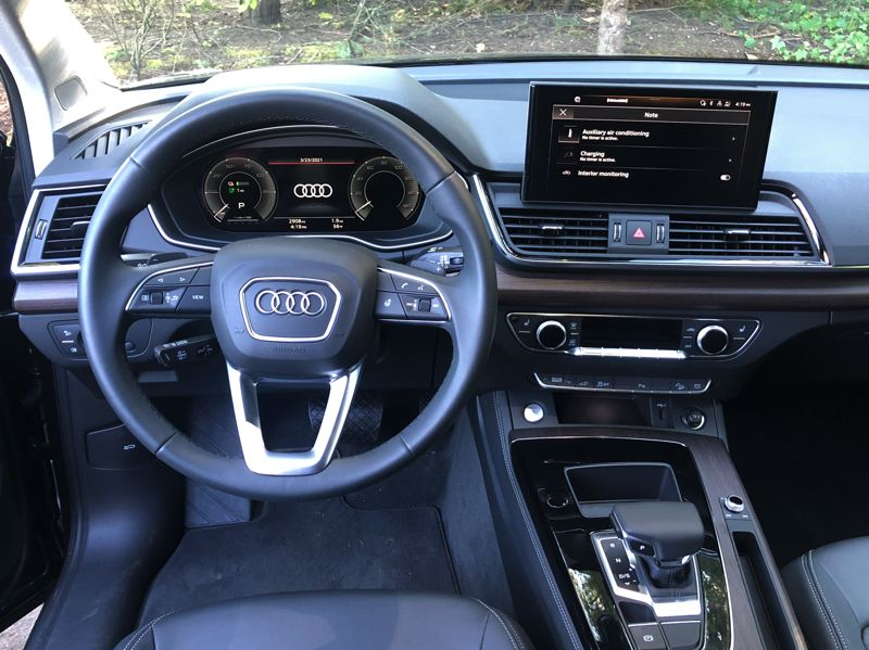 PMG PHOTO: JEFF ZURSCHMEIDE - The 2021 Audi Q5 55 TFSI e quattro has all the luxury and technology customers expect from the premium manufacturer.