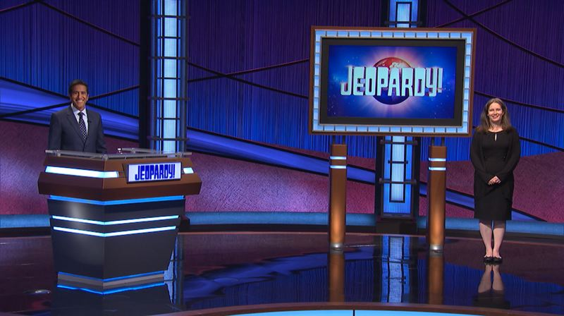 COURTESY PHOTO: JEOPARDY! PRODUCTIONS - Courtney Shah of Portland (right) had a seven-week winning streak on 'Jeopardy!,' which was guest-hosted by Sanjay Gupta.