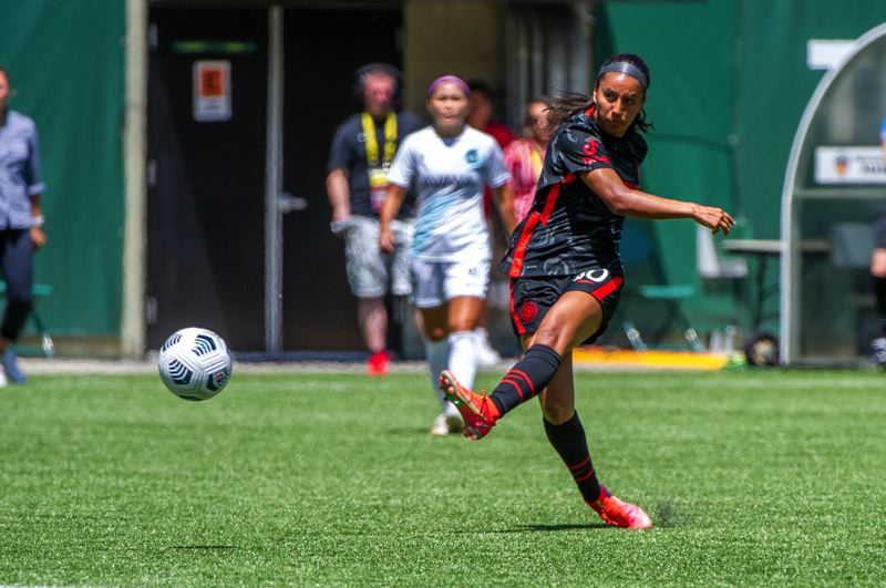 PMG PHOTO: DIEGO G. DIAZ - Midfielder Marissa Everett, pictured in a July 11 match against Gotham FC at Providence Park, is one of the Portland Thorns players who has an opportunity to contribute with teammates on Olympic duty.