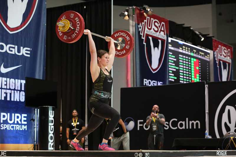 Tualatin girls compete in national weightlifting championships