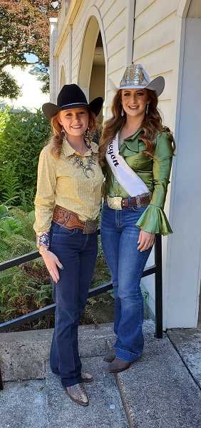 COURTESY PHOTO: MRO - Contestant Britney Norby, of Molalla, poses with Miss Rodeo Oregon Samantha Henricks.