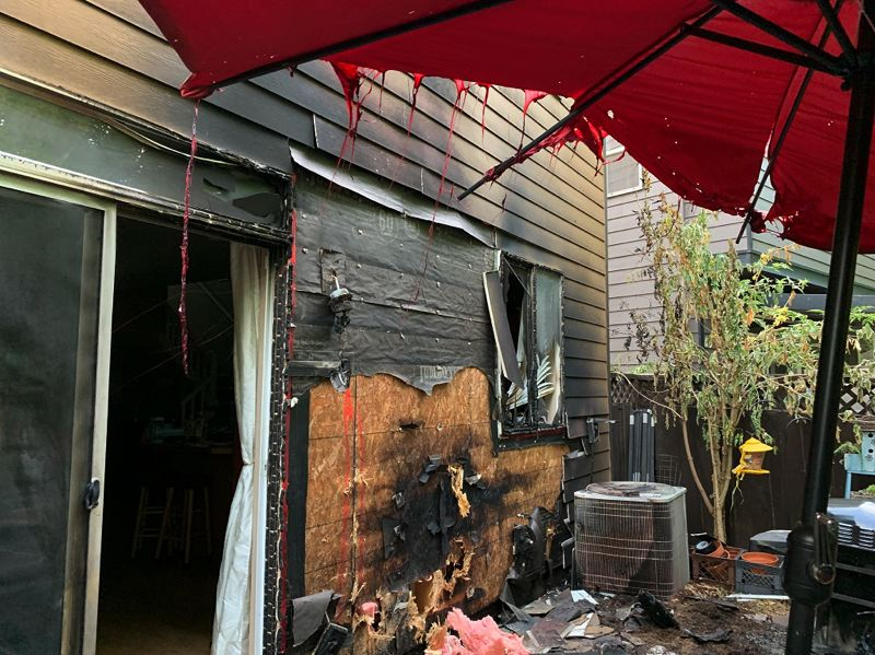 Hillsboro firefighters respond to two residential fires