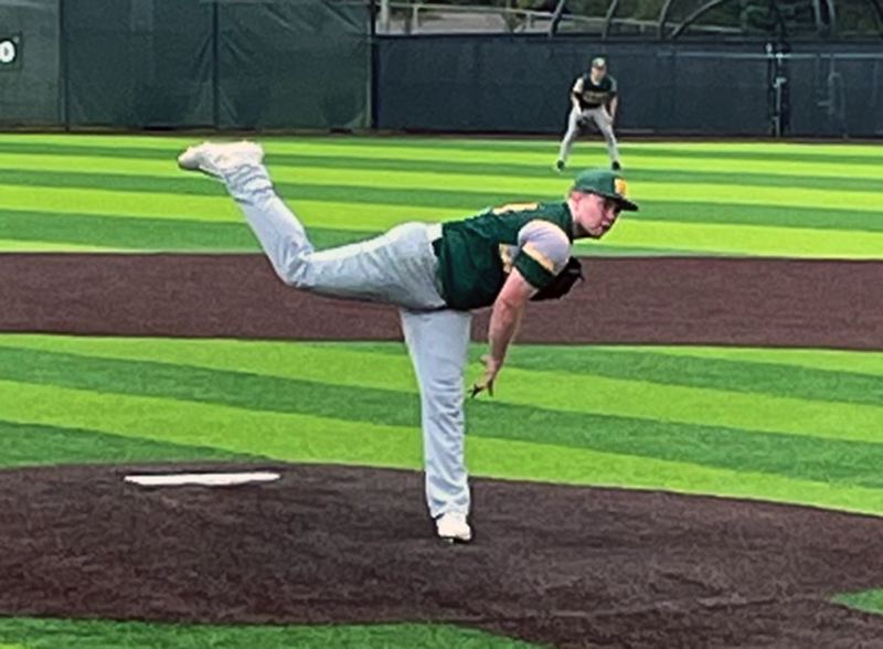 West Linn baseball wins state, takes third at Battle of Omaha