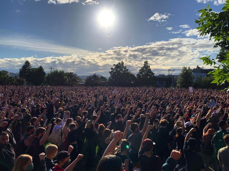 COURTESY PHOTO: ERIC SLADE, OPB - A crowd gathers near Revolution Hall in Southeast Portland in 2020. Oregon is one of the states in the nation that grew over the past decade. It also became more diverse.