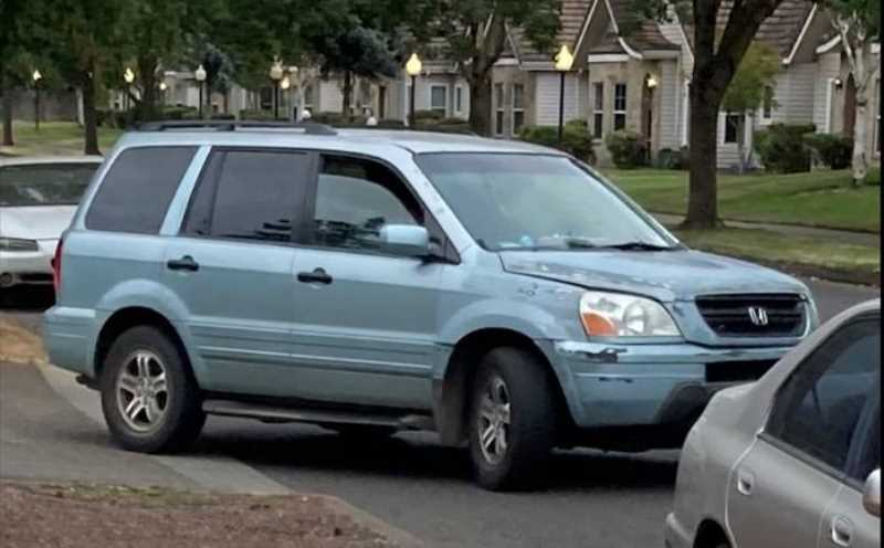 COURTESY PHOTO: WOODBURN POLICE DEPARTMENT - Suspect vehicle show in an attempted theft of a catalytic converter.