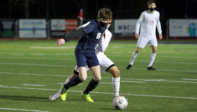 PMG PHOTO: MILES VANCE - Lake Oswego junior Dylan Merrill and the Lakers won the Three Rivers League last season and plan to compete for the TRL crown again in 2021.