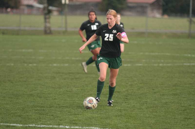 PMG PHOTO: TANNER RUSS - North Marion senior Teagan Welch was crucial in finding her open teammates in the attacking third against Estacada on Wednesday, Sept. 29.
