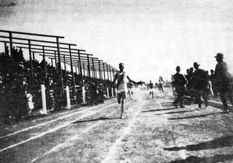 Art Tuck single handedly won state track title for Redmond in 1919