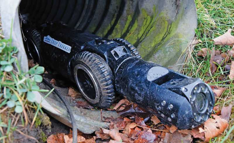 Sewer pipe care in the hands of the 'crawler'
