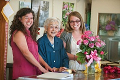 Photo Credit: TRIBUNE PHOTO: JOHN M. VINCENT - Three generations of the Itami family currently work in the Kern Park Flower Shoppe. Holly Itami Springfels (l); her grandmother, 92-year old Fumi Itami; and her daughter Kimberly Walker. Walker is in charge of many of the day to day operations.