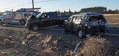 Photo Credit: RAY HUGHEY - Four-car accident on Arndt Road sends two people to hospital early Thursday.