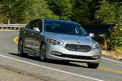 Photo Credit: DOUG BERGER/NWAPA - The new Kia K900 during the recent Run to  the Sun event organized by the Northwest Automotive Press Association.