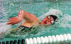 Photo Credit: DAN BROOD - Peyton Willis swims to a victory in the 500 freestyle by more than 40 seconds.