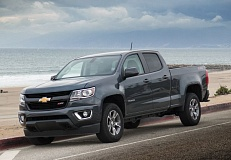 Photo Credit: PORTLAND TRIBUNE PHOTO JOHN M. VINCENT - The Chevy Colorado pickup is available in extended and crew cab models with short and long boxes available on the crew cab.