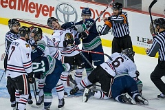 Winterhawks center Nicolas Petan (19) is shoved by Seattle Thunderbirds wing Nolan Volcan (26) as a skirmish breaks out during the second period.