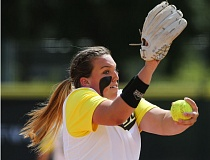 COURTESY OF UNIVERSITY OF OREGON - Cheridan Hawkins got the win as No. 2 Oregon defeated No. 18 Cal 5-2 Friday in their series opener at Eugene's Howe Field.