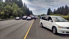 OSP - Interstate 5 was backed up north of Woodburn Wednesday afternoon when police apprehended an alleged speeding driver near the Donald Road overpass.