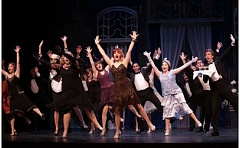 CRAIG MITCHELLDYER/BROADWAY ROSE THEATRE COMPANY - Claire Avakian (center) performs one of the big dance numbers with other cast members durinhg the preview performance of 'Thoroughly Modern Millie' before opening night.