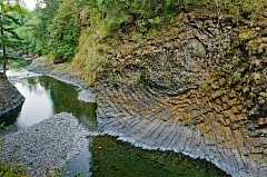 MOLALLA RIVER ALLIANCE - The basalts form narrow canyons in the Molalla River Corridor, where column rossetes and defined basalt columns can be seen mostly on the east side of the river.