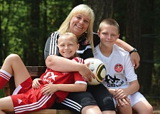 THE OUTLOOK: DAVID BALL - Kristi Wiese-Grindle is an active soccer mom and coach with her kids Emily, 9, and Hayden, 11, in the Eastside Timbers club.