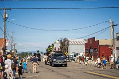 HILLSBORO TRIBUNE FILE PHOTO - The annual parade often features an elephant float of some kind to celebrate elephant garlic, which is closely related to leeks.