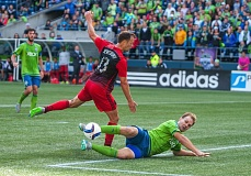 TRIBUNE PHOTO: DIEGO G. DIAZ - Chad Marshall of the Seattle Sounders makes a last-ditch tackle to abort Jack's Jewsbury opportunity for the Portland Timbers during Sunday's 2-1 Seattle home victory.