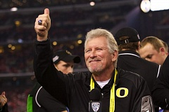 TRIBUNE FILE PHOTO: JAIME VALDEZ - Mike Bellotti, former Oregon Ducks football coach, is among those chosen for induction in November into the Oregon Sports Hall of Fame.