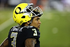 TRIBUNE FILE PHOTO: DAVID BLAIR - Vernon Adams has done more watching than playing for the Oregon Ducks.