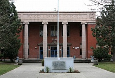(Image is Clickable Link) WIKIPEDIA - Grant High School in Portland, Oregon.