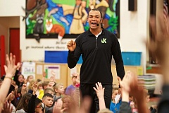 TIMES PHOTO: JAIME VALDEZ - Former Oregon Ducks standout Jordan Kent talks with students at Byrom Elementary School during an assembly about the four principles of how to win.