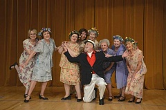 NORTHWEST SENIOR THEATRE: RON TENNISON - Bill Morris is a ladies' man as he strikes a chord with the female cast members.