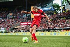 TRIBUNE PHOTO: DIEGO G. DIAZ - Tobin Heath dazzled at Providence Park on Sunday, as the Portland Thorns opened their season with a 2-1 victory over Orlando.
