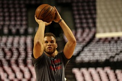 TRIBUNE PHOTO: DAVID BLAIR - Blake Griffin of the Los Angeles Clippers warms up at Moda Center on Monday before Game 4 of the first-round series against the Trail Blazers. It turned out to be his last game of the 2015-16 season; Griffin aggravated a quad injury and has been ruled out for the rest of the posteason. Portland and L.A. are tied 2-2 in their best-of-seven matchup.
