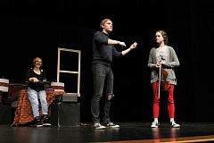 TIDINGS PHOTO: ANDREW KILSTROM - Senior Kyle Fulton, middle, directs his cast in rehearsals for 'The Still Alarm.' Fulton is a first-time student director.
