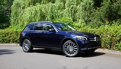 PORTLAND TRIBUNE: JEFF ZURSCHMEIDE - The exterior of the 2016 Mercedes-Benz GLC-Class is more aerodynamic than the boxier GLK-Class that it replaces.
