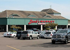 SPOKESMAN FILE PHOTO - The Lambs Natures Choice Market on Wilsonville Road will become a Safeway this month. It was sold to Bales Marketplace in June 2015.