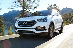 HYUNDAI NORTH AMERICA - The refreshed 2017 Hyundai Santa Fe Sport has a clean, contemporary look, a lengthy list of standrd features, and just about every other available options.