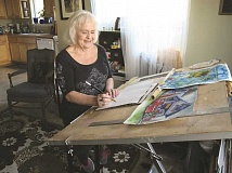 NEWS-TIMES/HILLSBORO TRIBUNE FILE PHOTO - Hillsboro resident Linda Holland, shown here in her studio, is the recipient of Hillsboro Arts and Culture Council's 2016 Endowment Award.