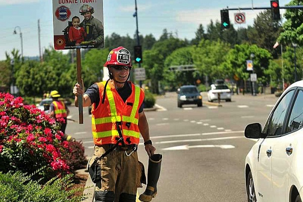 Firefighters 'fill the boot'