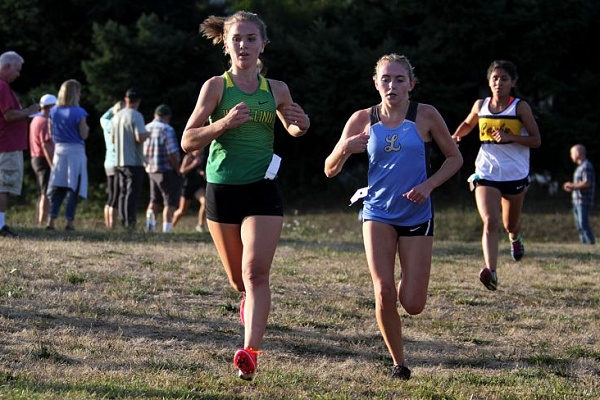 West Linn girls run to second in Three Rivers League Preview meet