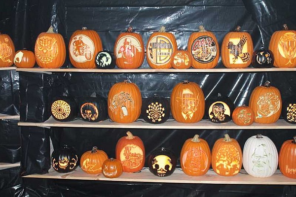 West Linn man displays 200 carved pumpkins in his garage