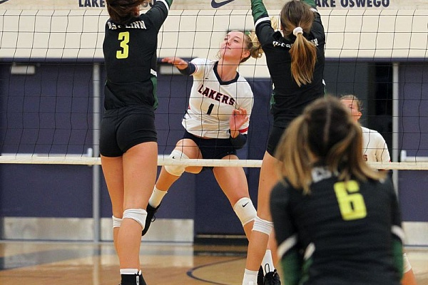 Lake Oswego, Lakeridge volleyball see 10 players honored on all-league