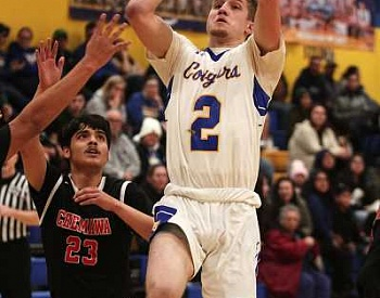 Gervais boys win at Colton, fall in back-to-back home games
