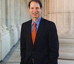 Oregon Sen. Ron Wyden will renew effort to enable states to…